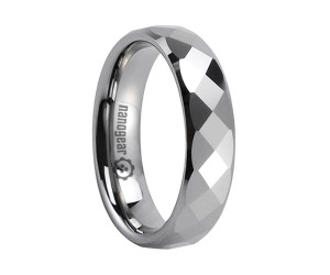 "Tungsten carbide ring with rectangular faces in the middle ""SEURA"""