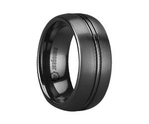 """Brushed ceramic ring with two grooves in the middle """"METORE"""""""